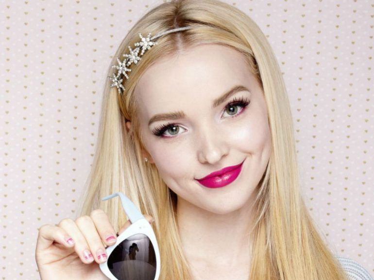 "¿Dove Cameron está saliendo con un co-star de ""Los Descendientes 2""?"