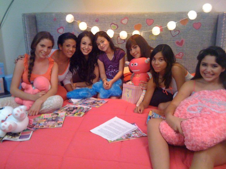 Behind the Scenes Pijama Stars