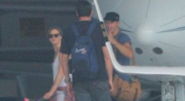 Cool! Jennifer Lawrence y Chris Martin ¡viajan juntos y en secreto!