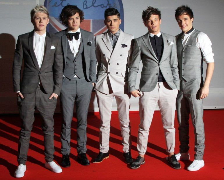 Dos One Direction ¡regalan lujosos autos a sus novias!