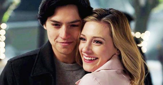 lili Reinhart y Cole Sprouse.