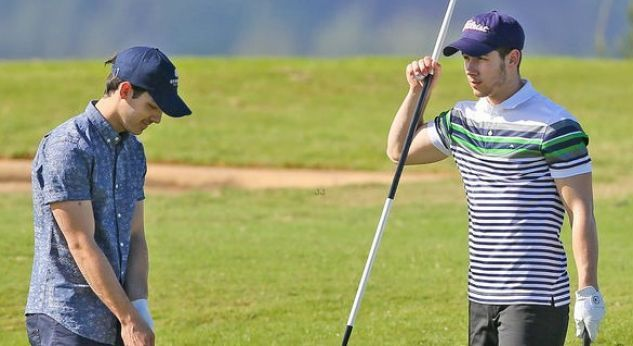 Joe y Nick Jonas ¡la pasaron cool jugando golf!