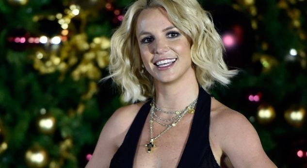 Miley Cyrus le dio un regalo supercute a Britney Spears por su cumple 34