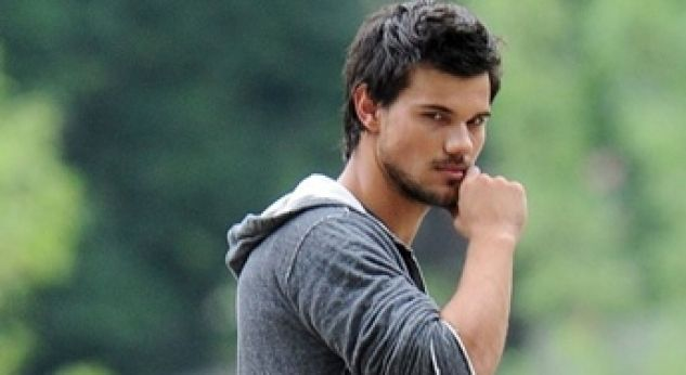 Taylor Lautner en el set de su próxima movie: Tracers